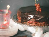 Whole-wheat chocolate cake with red currant jam
