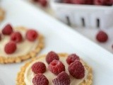Rasberry Cookie Pizzas {Farmers' Market Friday}