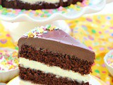 Chocolate cake with vanilla cream cheese frosting recipe