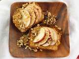 Best After School Snacks for #SundaySupper: Apple Granola Cookie Butter Toast