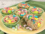 Lucky Charms Muffins #MuffinMonday