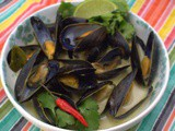 Thai Green Curry Mussels (Instant Pot)