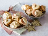 Almond biscuits & macaroons