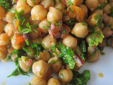 A Variation on Traditional Bean Piyaz, This Time with Chickpeas: Nohut Piyazı