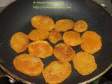 Batata Kaap – Crispy Sliced Potatoes – a Maharashtrian Recipe