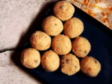 Quick and Easy Rava Laddu | Suji Ladoo (Without Milk and Coconut)