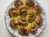 Flower Garlic Bread