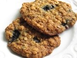 Blueberry oatmeal cookies: a recipe