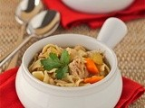 Slow cooker chicken noodle stew