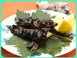 Sardina arrustida cun folla de axia / Roasted sardines with vine's leaves