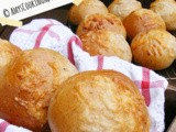 Cheese & Herb Buns {Bun Week!}