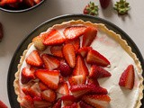 Fresh Strawberry Pie with a Mascarpone Filling