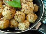 Flavourful Dahiwale Aloo (Baby Potatoes In Flavourful Yogurt Gravy)