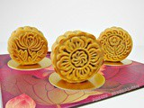 Traditional Bake Mooncake 中秋月饼 (2011)