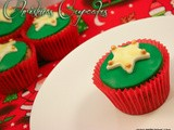 Christmas Cupcakes and a Christmas Round Up