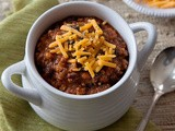 Big Pot of Comfort :: Spicy Cajun Chili with a Kick