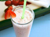 Oats and Strawberry Milkshake