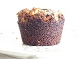 #MuffinMonday: Snicker Crumble Chocolate Muffins
