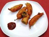 Aloo Stuffed Milagai / Chilli Bajji