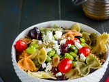 Farfalle salad with edamame, tomatoes and feta