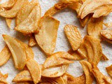 How to Make Garlic Chips