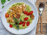 Easy Chicken Pesto Pasta With Tomatoes – Recipe Video