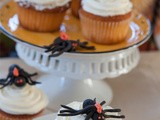 Caught You In My Web with Apple-Pumpkin Cupcakes