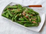 Sugar snap peas with pancetta and pine nuts / piselli mangiatutto con pancetta e pinoli