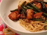 Noodles with Green Beans and Chicken Breast in Sweet Sauce