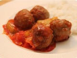 Rice with Meatballs and Cucumber in Tomato Sauce