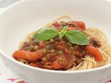 Spaghetti Bolognese with Carrots and Peas