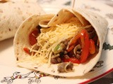 Wraps with Minced Beef, Pepper and Leek