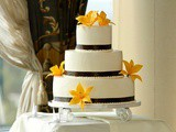 A Wedding Cake For Friends