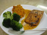 Broiled Salmon in Spicy Butter