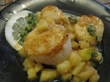 Seared Scallops with Apple Pan Sauce