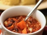 Slow-Cooker Sweet Potato and Turkey Chili