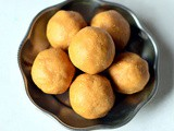 Easy Peanut Ladoo With Jaggery – Groundnut Laddu Recipe