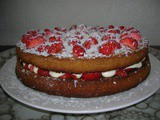 White Chocolate & Strawberry Cake