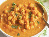 Vegan Pumpkin Curry With Chickpeas