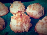 Coconut Macaroons (Eggless Version)