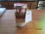 Christmas Cookies in a Jar – ready for gift giving
