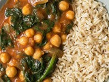 Quick Curried Chickpeas with Spinach – Vegan & Gluten-free