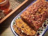 Pumkin Cake with Pecans and Lindt Dark Chocolate