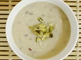 Creamy Cauliflower Soup with Mixed Grains
