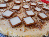 Orange tart with yogurt on cereal bars crust