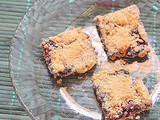 Apple blueberry pie bars - baking for kids