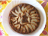 Torta rovesciata pere e cioccolato… senza farina – Flourless upside-down chocolate and pear cake