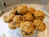 Homemade Oatmeal Chocolate Chip Cookies