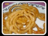 Jalebi ~ Famous Indian Sweet