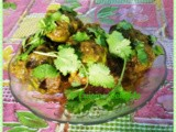 Potoler Dorma / Dolma (Prawn Stuffed Pointed Gourd Curry)